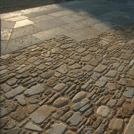 мостовая из камня / с возможным проездом транспорта / противоскользящая / для пешеходов