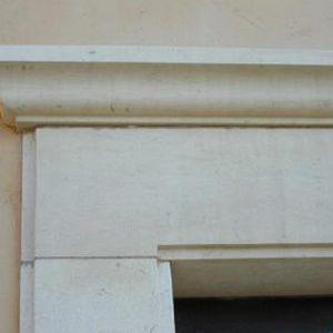 дверная коробка из камня