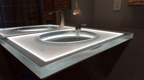 раковина умывальника из стекла / для профессионального применения / по индивидуальному заказу / с подсветкой