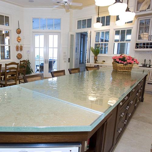 рабочая поверхность из стекла / для кухни / термостойкая / пятностойкая