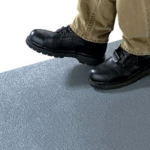 напольное покрытие из жидкой эпоксидной смолы / гладкое / имитация бетона / противоскользящее