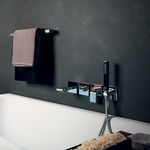 однорычажный смеситель для душа / для ванны / настенный / из хромированного металла
