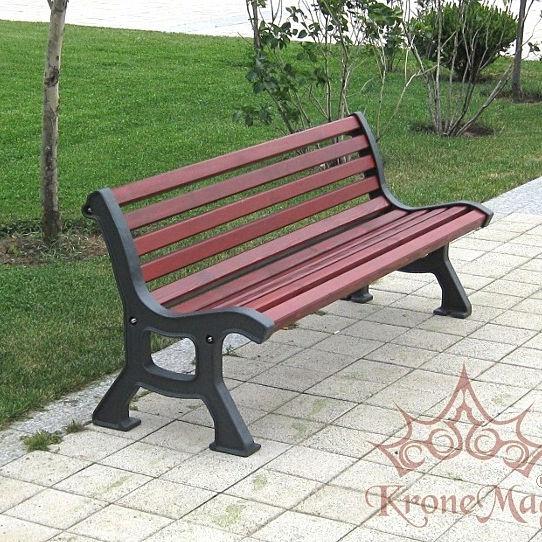 общественная скамейка современная из дерева из чугуна