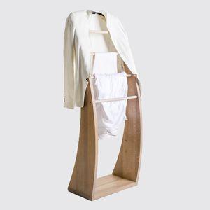 напольная вешалка для костюмов и брюк