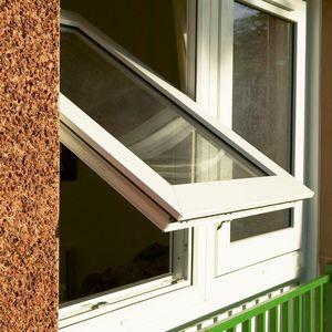 распашное окно