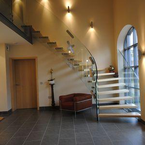 лестница в четверть оборота