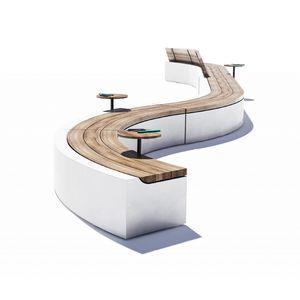 современная общественная скамейка