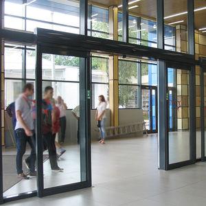 дверь антипаника