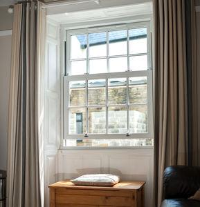 окно со створкой