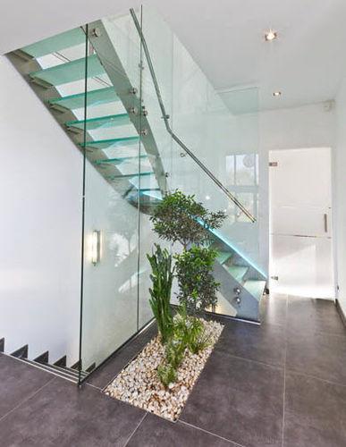 лестница в четверть оборота / конструкция из нержавеющей стали / со стеклянными ступеньками / без подступенка