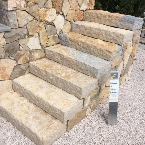 ступень из натурального камня / высокое сопротивление