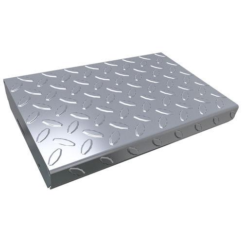 ступень из листового металла / противоскользящая / высокое сопротивление / сборная