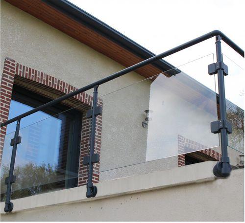 ограждение из алюминия / со стеклянными панелями / для наружного применения / для террасы