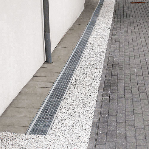 лоток канализации из стали / с решеткой / для фасада