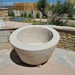 кадка для садовых растений из известняка