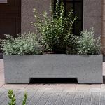 кадка для садовых растений из бетона